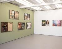 Ute Behrend, 'Cowboys', 'Bärenmädchen', Double Dialogues (12.06. - 22.08.2021), Museum für Photographie Braunschweig,Foto: Axel Grüner