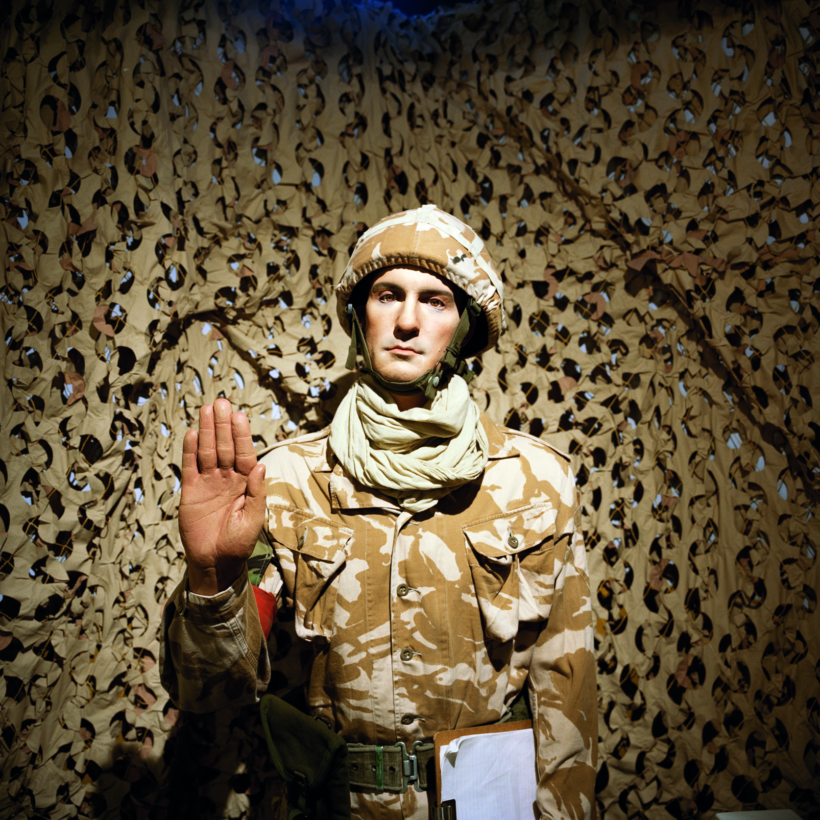 Jason Larkin, Guardroom Museum-Winchester, aus der Serie Past Perfect-2016